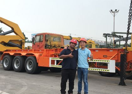 CUSTOMER FROM Nauru FOR CONTAINER SIDE LOADER TRUCK
